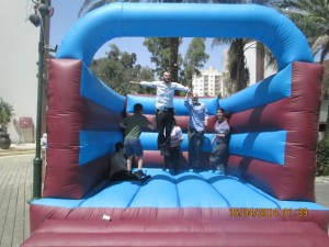 family jumpy thing